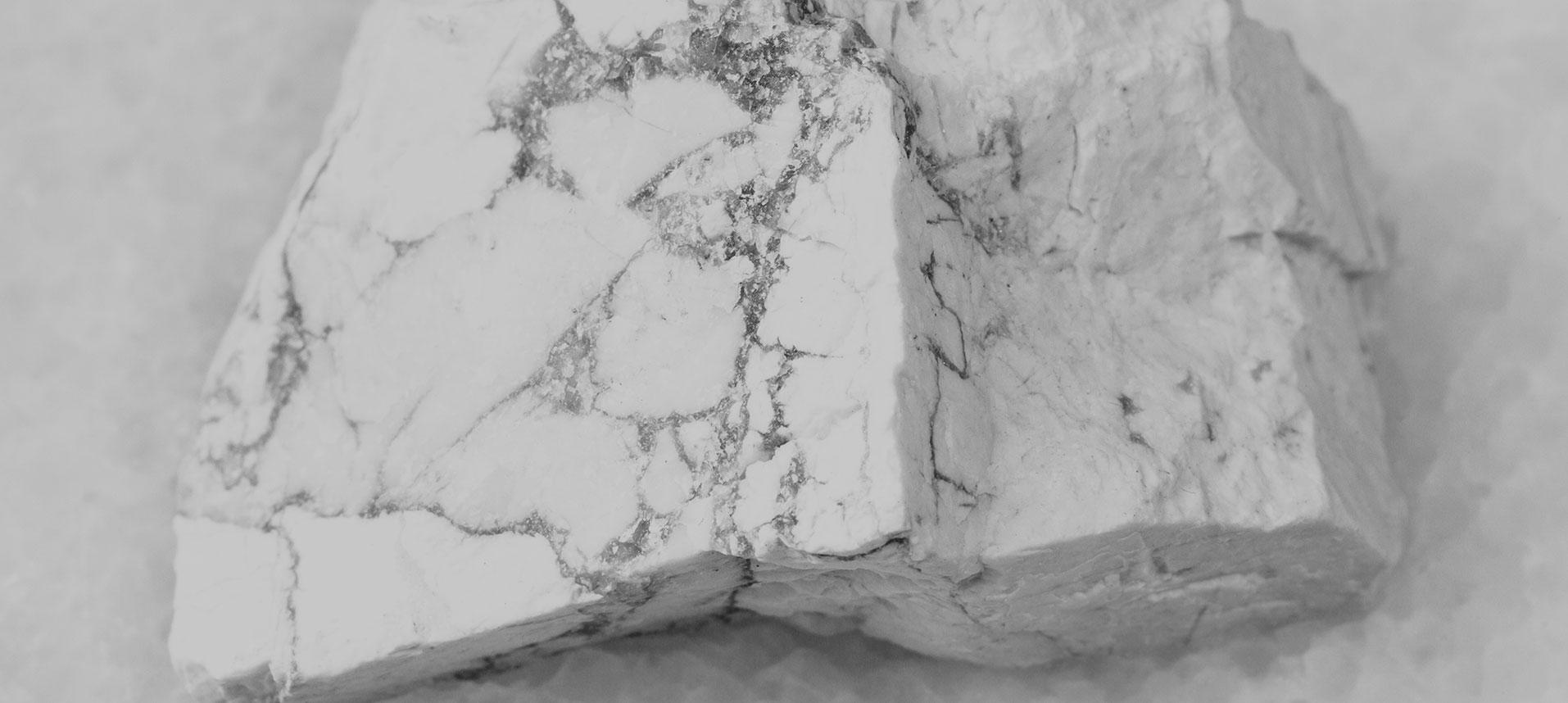 Tăiere, fasonare și finisare piatra